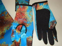3mm lined gloves with Rea